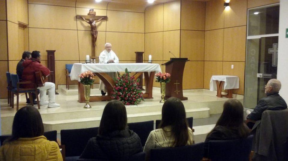 Santa misa de difuntos - Duelos en la Familia Bartolina